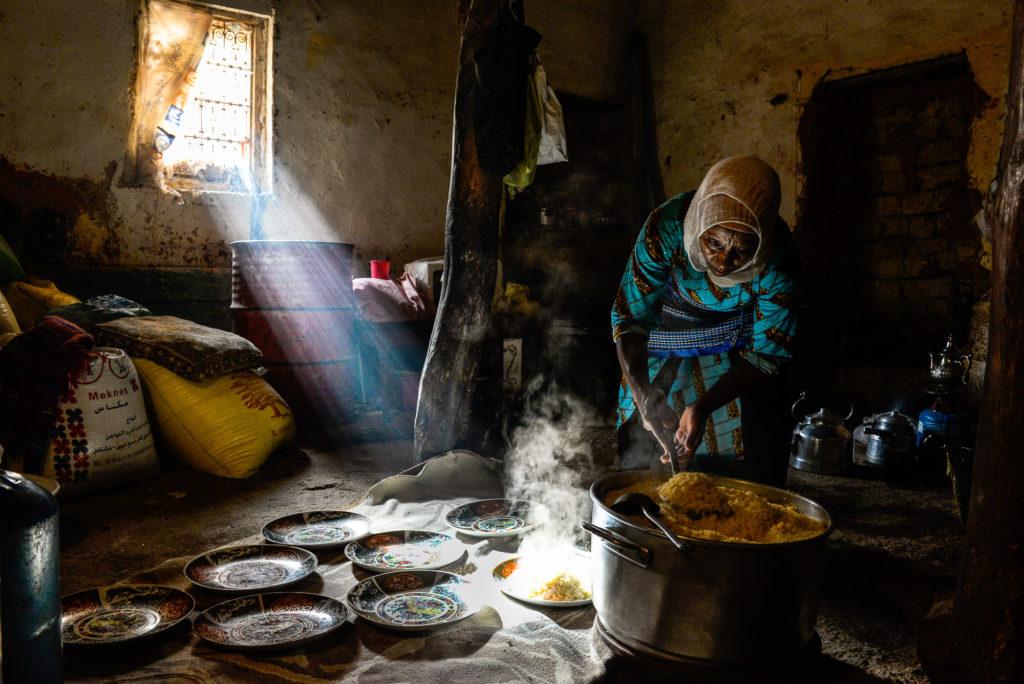 Photo illustration femme maroc cuisine
